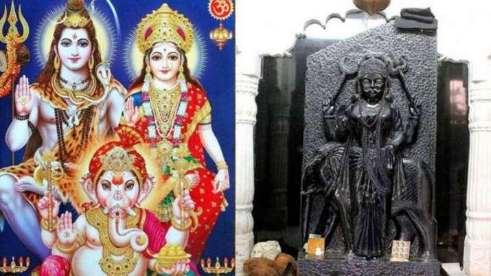 Shani Pradosh Vrat 2021: 8 मई को शनि प्रदोष व्रत, इस मुहूर्त में करें भगवान शिव और शनिदेव की पूजा, जानें व्रत कथा