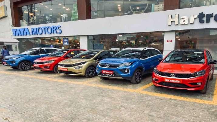 Tata Motors to hike passenger vehicle prices from May 8- India TV Paisa