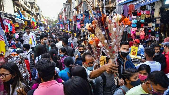 भारतीय ज्यादा खरीदते...- India TV Paisa