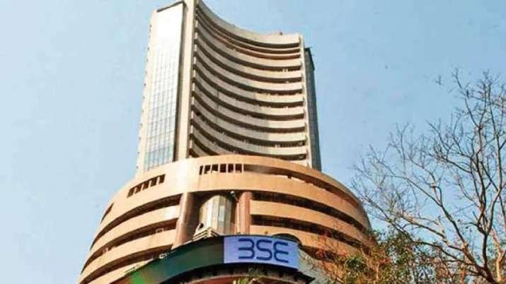 BSE में सूचीबद्ध कंपनियों का बाजार पूंजीकरण 229 लाख करोड रुपए के नए रिकार्ड स्तर पर पहुंचा- India TV Paisa