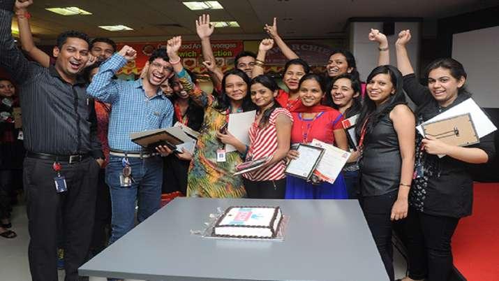 Kotak Mahindra Bank introduces Covid benevolent policy for employees- India TV Paisa
