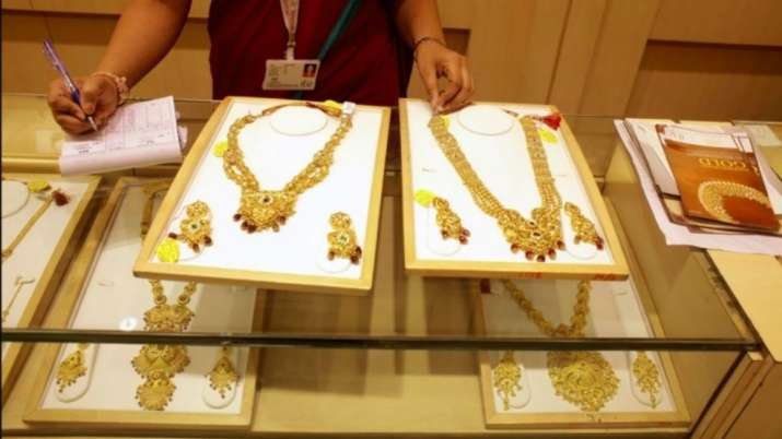 Jewellers welcome govt decision to implement hallmarking in phases- India TV Paisa