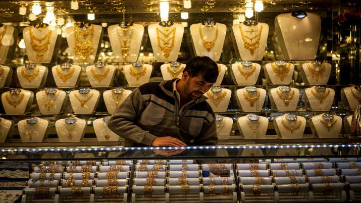 Big good news Gold price declines rupees 259 sliver rupees 110 today 10 june citywise rate list- India TV Paisa