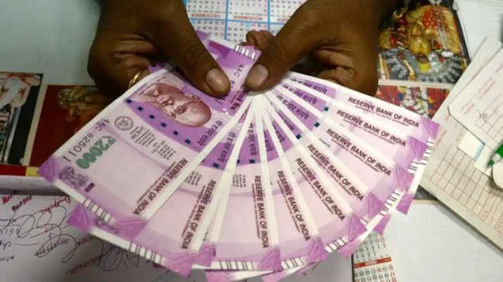 HDFC Life declares bonus of Rs2180 crore, Eligibility and other details here- India TV Paisa