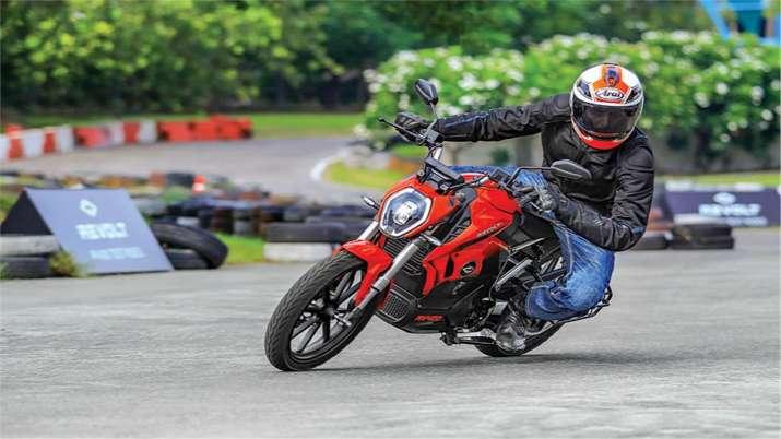 Revolt Motors slashes price of electric bike RV400 by Rs 28k- India TV Paisa