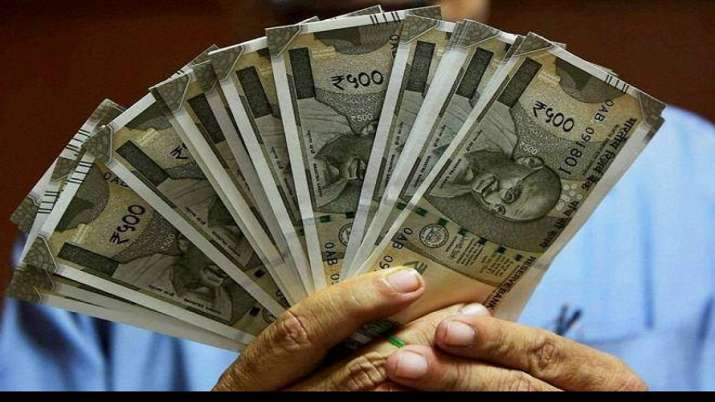 India has 698000 super rich, Wealth of India's superrich slips 4.4 pc to USD 12.83 trillion in 2020- India TV Paisa