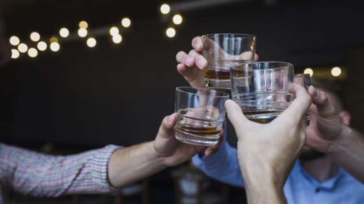 New Excise Policy Liquor vends to be spacious, air-conditioned, to promote microbreweries- India TV Paisa