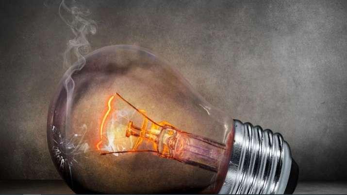 बिजली की अधिकतम मांग मंगलवार को रिकार्ड 1,97,060 मेगावाट पहुंची- India TV Paisa