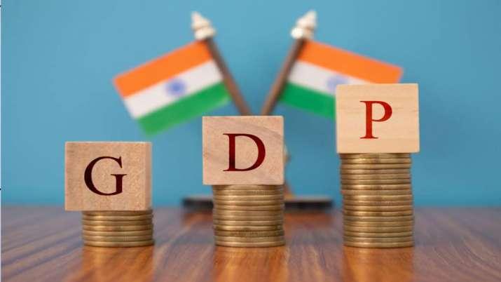 दूसरी लहर का अर्थव्यवस्था पर असर लंबा रहने की आशंका, निर्यात से निकल सकता है रास्ता: रिपोर्ट- India TV Paisa