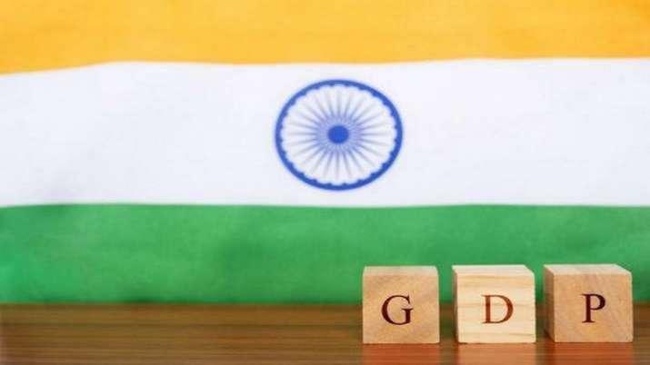 फिच ने 2021-22 के भारत की वृद्धि दर के अनुमान को घटाकर 10 फीसदी किया- India TV Paisa