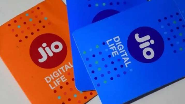 Reliance Jio Big Offer, launches emergency data loan facility see details- India TV Paisa