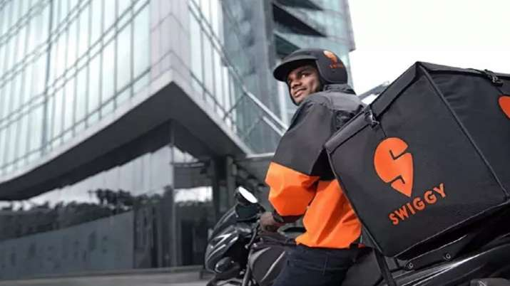 After Zomato mega IPO Swiggy closes Rs 9,345 crore funding led by SoftBank Vision Fund 2- India TV Paisa