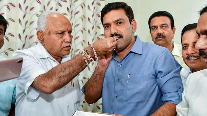 'येदियुरप्पा ने इस्तीफा देने से पहले मुझे मंत्री बनाने की शर्त नहीं रखी थी'