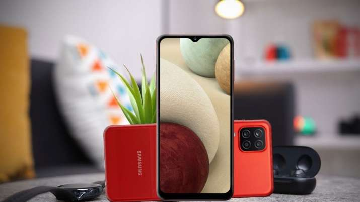 Samsung ने लॉन्च किया...- India TV Paisa