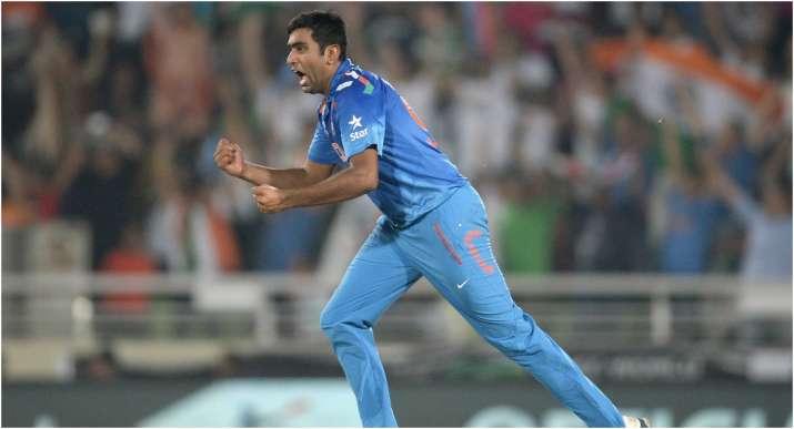 टी-20 विश्व कप टीम में चुने जाने के बावजूद अश्विन को लेकर चिंतित हैं सुनील गावस्कर
