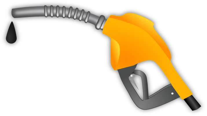 BPCL, SBI Card launch RuPay credit card for Petrol purchases- India TV Paisa