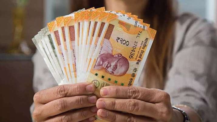India Inc expected to dole out 8.6 pc avg salary increment in 2022 Deloitte survey- India TV Paisa