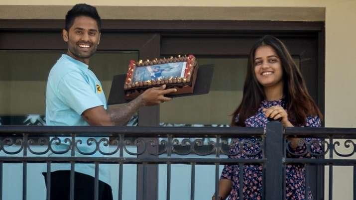 IPL 2021: क्वारंटाइन में सूर्यकुमार यादव ने मनाया अपना जन्मदिन, दुनियाभर से मिलीं शुभकामनाएं