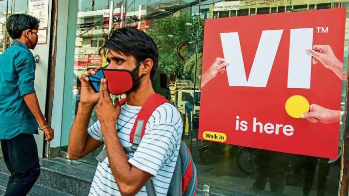 Vodafone Idea lost 14.3 lakh customers in July, Jio Airtel add mobile subscribers Trai data- India TV Paisa