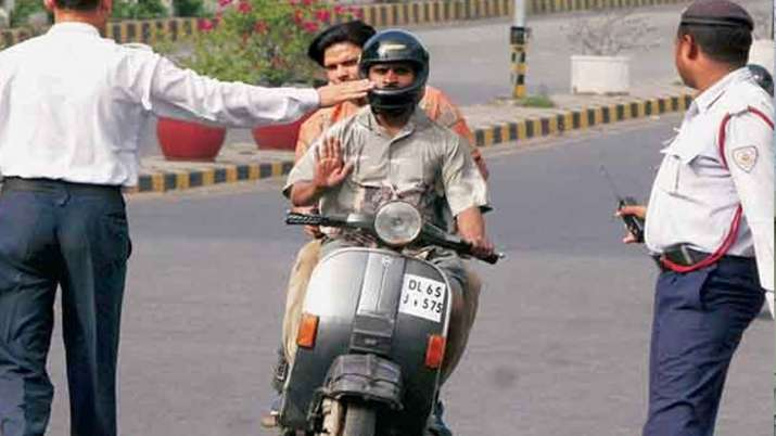कार या बाइक चलाने...- India TV Paisa