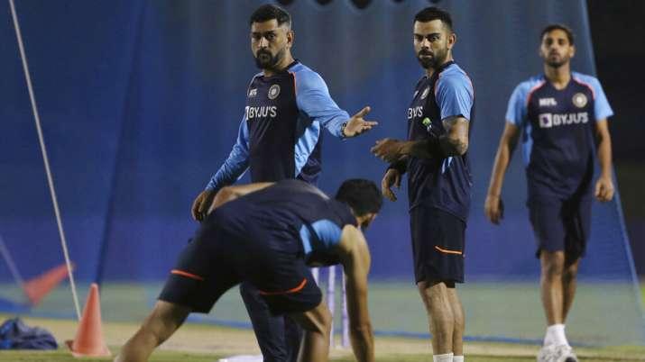 INDIA Playing XI vs Pakistan: अश्विन या शार्दुल? विराट कोहली पाकिस्तान के खिलाफ महामुकाबले में किसे देंगें प्लेइंग इलेवन में जगह?
