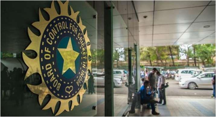 क्या राहुल द्रविड़ होंगे भारतीय टीम के अगले मुख्य कोच? बीसीसीआई ने निकाला सपोर्ट स्टाफ के लिए आवेदन