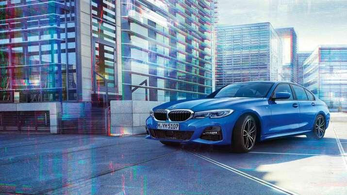 BMW launches 3 Series Gran Limousine 'Iconic Edition' in India | BMW ने भारत में 3 सीरीज ग्रैन लिमोजिन 'आइकॉनिक एडिशन' लॉन्च की, देखें खूबसूरत फोटो और कीमत