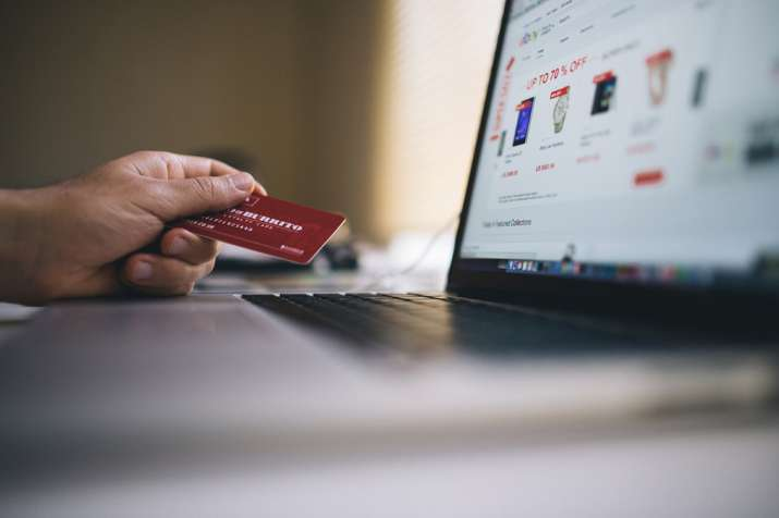 Festive season soars card spends on e-commerce over Rs 29,000 crore in first 12 days of October- India TV Paisa