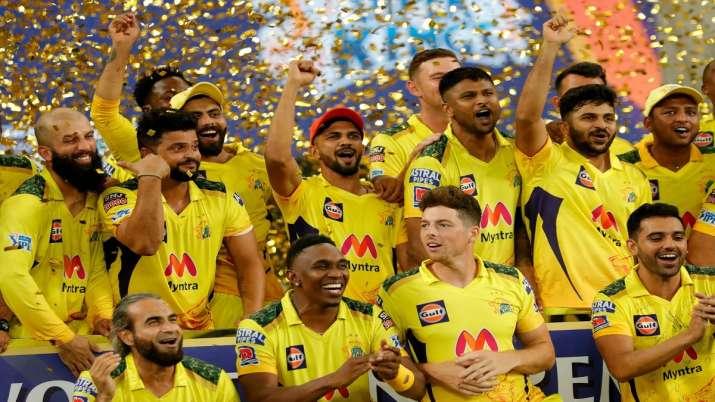 चेन्नई के IPL चैंपियन बनने के साथ ही सोशल मीडिया पर आई मजेदार मीम्स की बाढ़