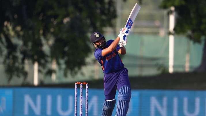 IND vs PAK T20WC: गोल्डन डक पर रोहित हुए आउट, शाहीन अफरीदी ने पहले ओवर में लिया विकेट