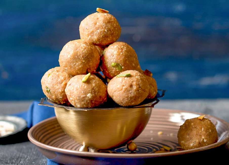 Sonth ke Ladoo Recipe- India TV Hindi