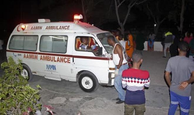 Twin car bombings kill nearly 38 in Somalia's Mogadishu   AP Photo- India TV Hindi