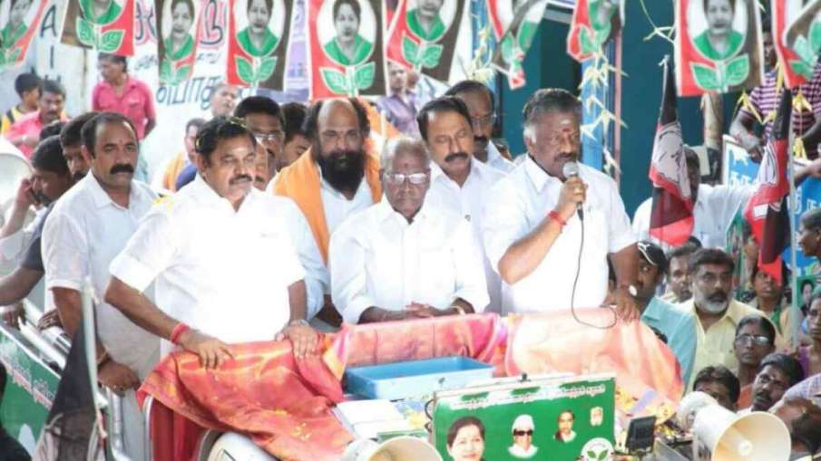AIADMK observes fast over Cauvery issue- India TV Hindi