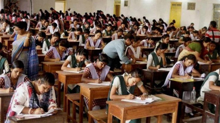Delhi HC dismisses plea to change date of CBSE Class 12 re-exam | PTI- India TV Hindi