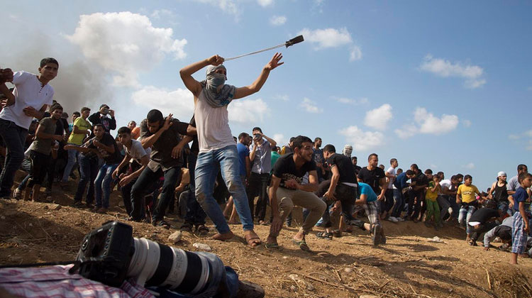 Israeli soldiers open fire on Gaza protesters third week in a row, many injured- India TV Hindi
