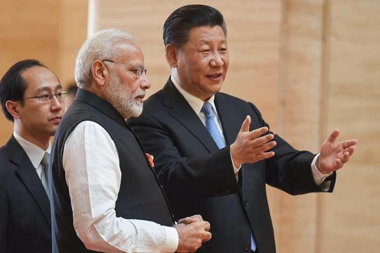 Modi, Xi hold 'extensive and fruitful' informal summit to 'solidify' India-China ties- India TV Hindi