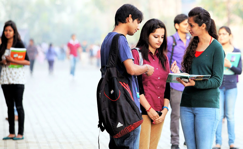 UGC Releases List of 24 'Self-styled' Fake Universities- India TV Hindi