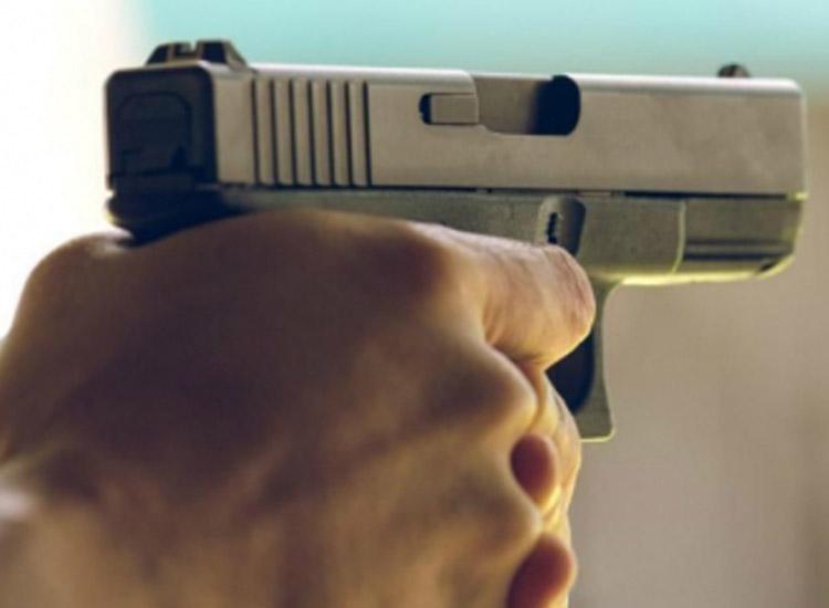 Transgender shot dead in...- India TV Hindi