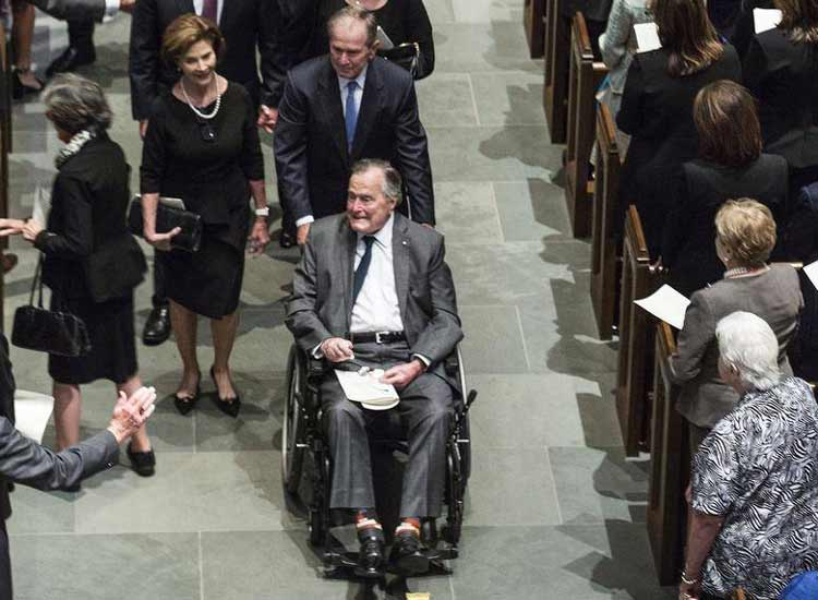 George Bush admitted to hospital on the next day of his...- India TV Hindi