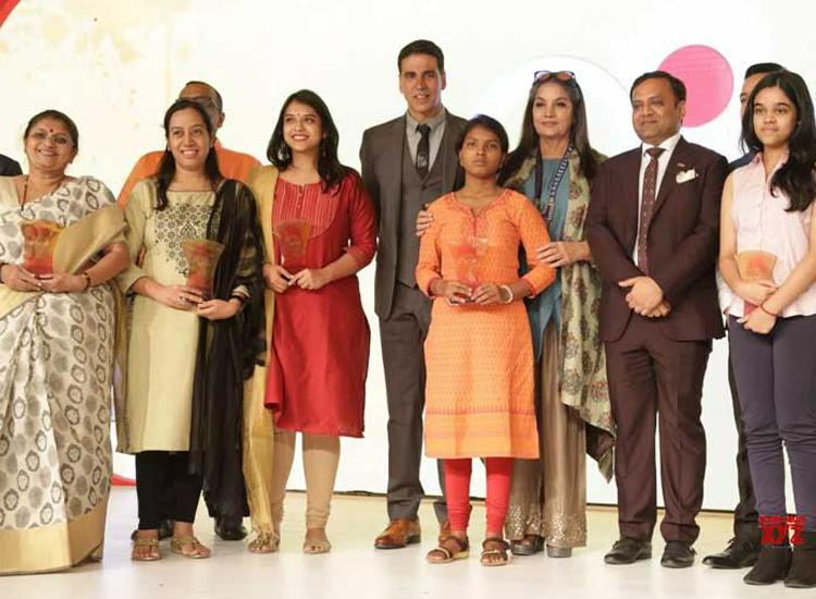 akshay kumar and shabana azmi- India TV Hindi