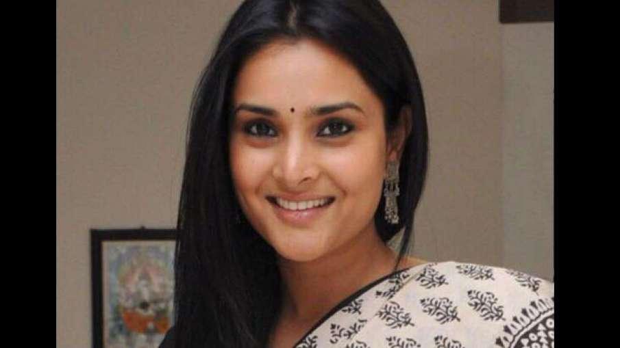 सोशल मीडिया...- India TV Hindi