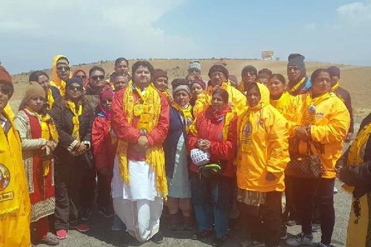 Kailash Mansarovar Yatra: China barred devotees from taking a dip in Lake Mansarovar- India TV Hindi