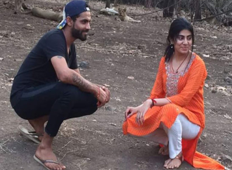 Ravindra Jadeja with wife Reeva Solanki- India TV Hindi