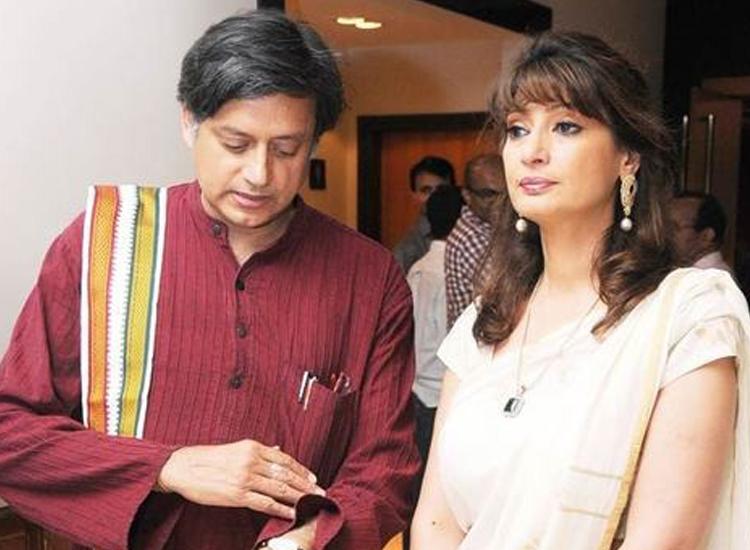 sunanda pushkar shashi tharoor email- India TV Hindi