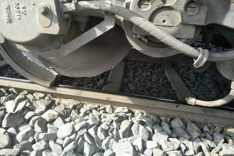 Major accident avoided; train's wheel divided into two parts- India TV Hindi