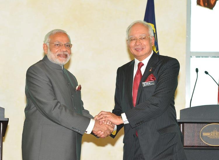 PM Modi and Malaysian Prime- India TV Hindi