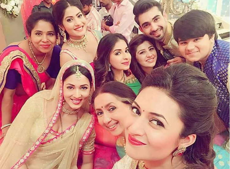 ये है मोहब्बतें- India TV Hindi