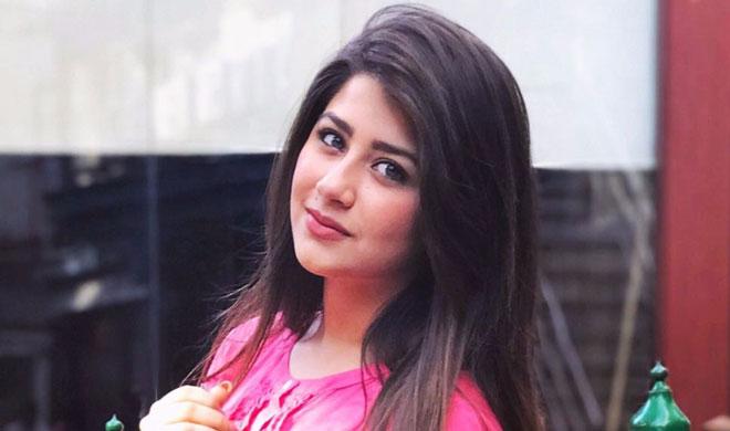 अदिति भाटिया- India TV Hindi