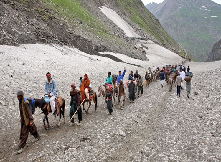 Amid tight security, first batch of Amarnath pilgrims to...- India TV Hindi