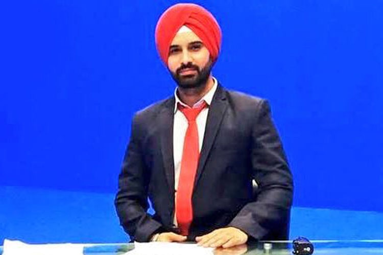 Harmeet Singh to become the first Sikh news anchor in Pakistan | Twitter- India TV Hindi